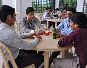 Dhaanish Cafeteria